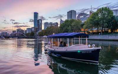Private Yarra River dinner cruise