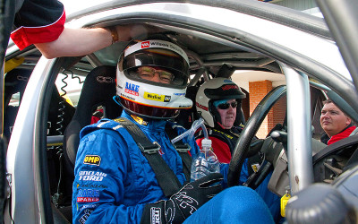 V8 race car driving experience Perth