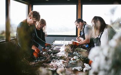 Flower wreath workshop
