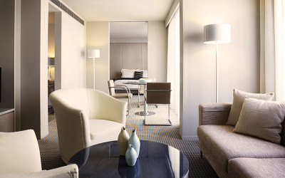 Canberra Hotel Realm Suite