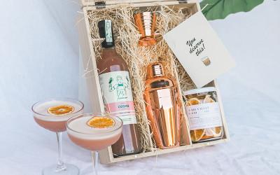 Cocktail hamper box