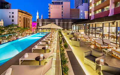 Next Hotel Brisbane pool and rooftop