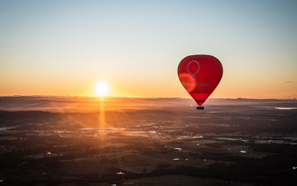Hot air balloon ride over Hunter Valley - RedBalloon
