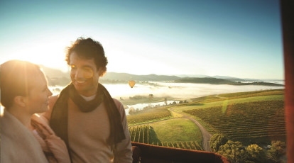 couple in hot air balloon over yarra valley