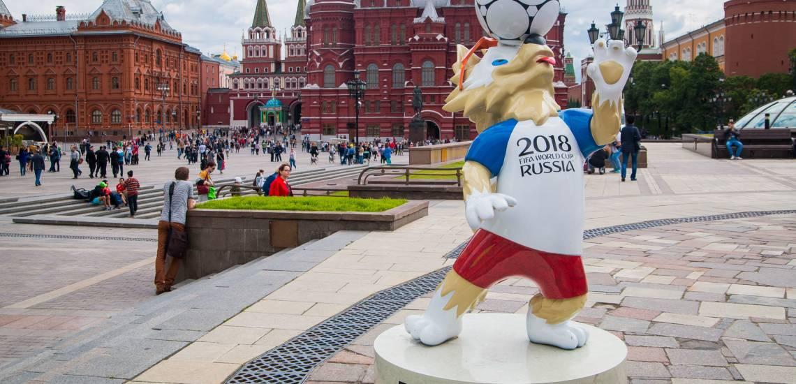 Na imagem, mascote da copa do mundo de 2018.