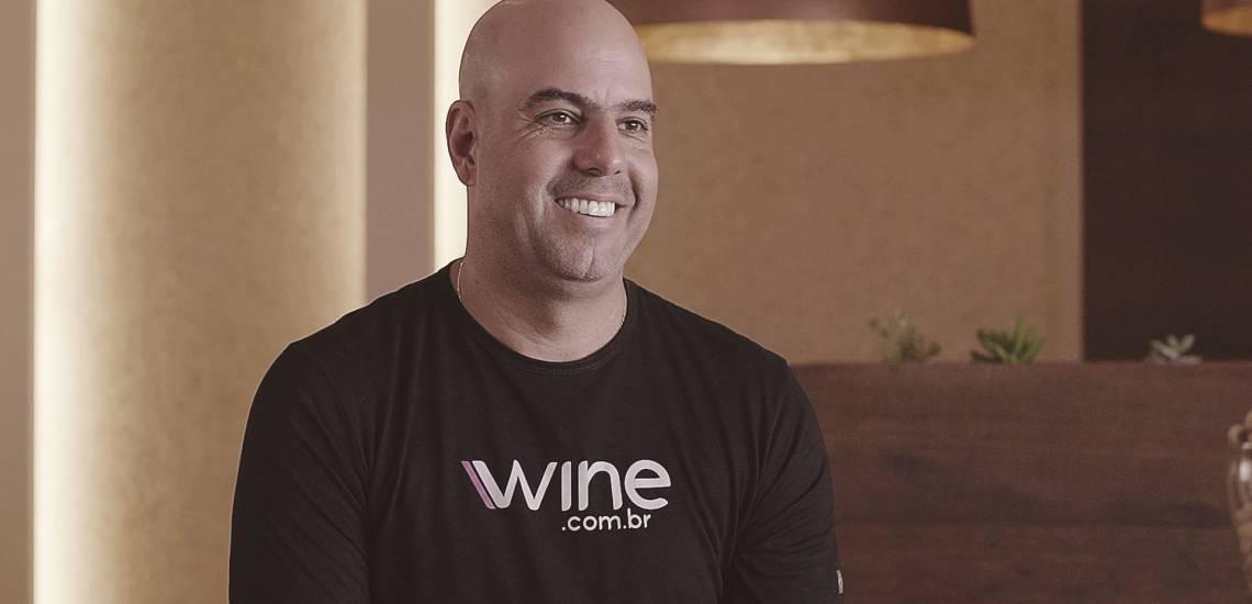 Na imagem, Rogério Salume, fundador da Wine.com