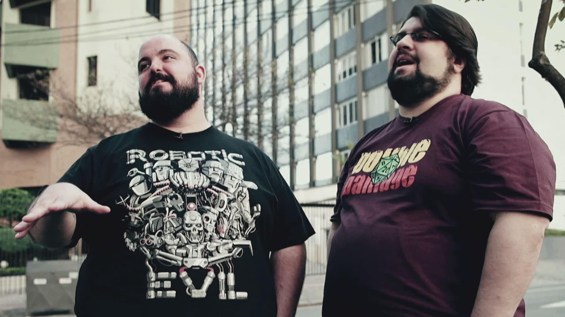 Na imagem, Deive Pazos e Alexandre Ottoni, fundadores do portal de notícias Jovem Nerd.
