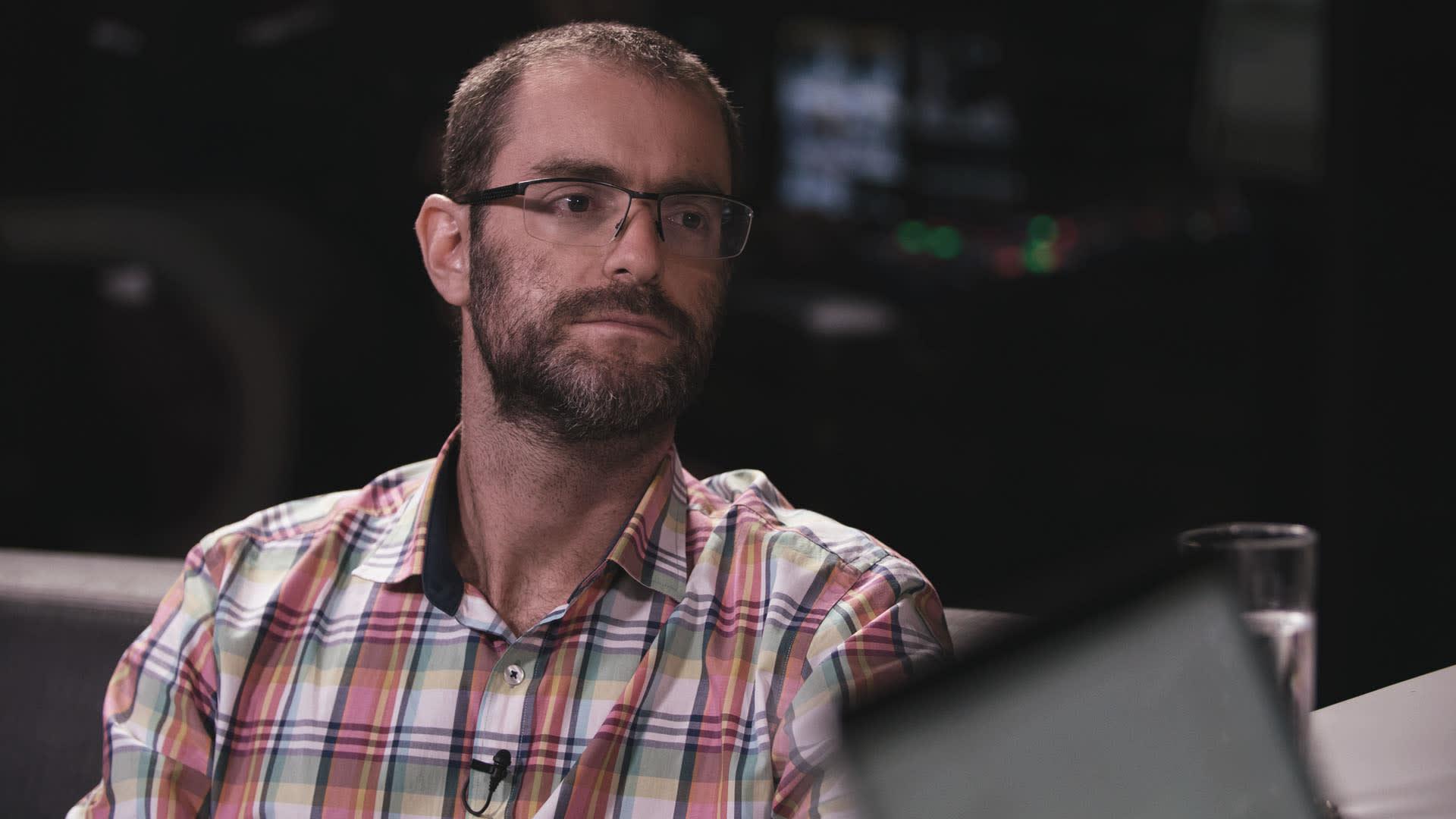 Alexandre Ostrowiecki, CEO da Multilaser, responde quais são os principais desafios de se empreender no Brasil