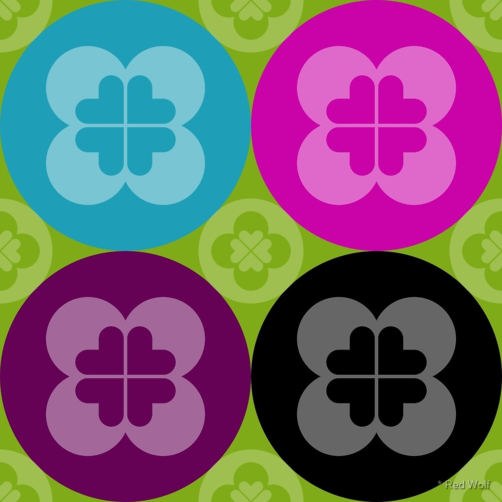 Geometric Pattern: Flower Circle: Seasons / Red Wolf