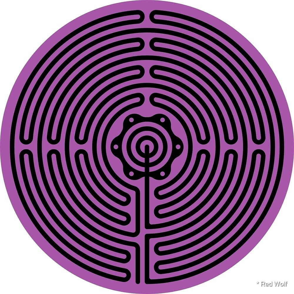 Geometric Pattern: Labyrinth: Dark / Red Wolf