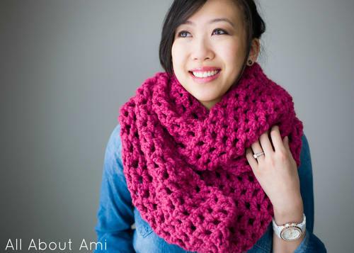 Long Double Crochet Cowl / Stephanie