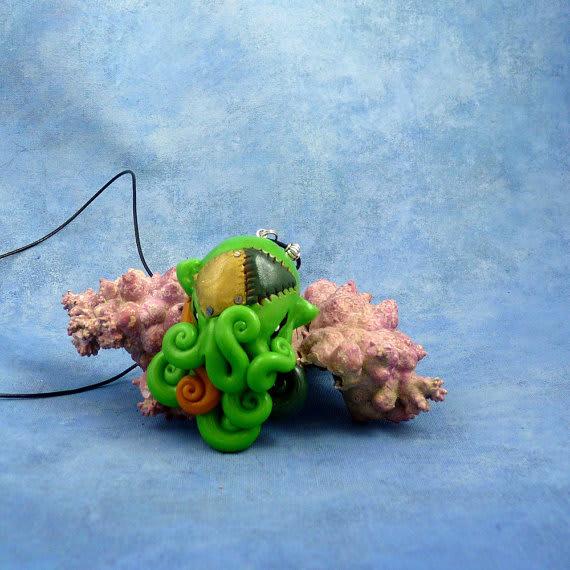 Frankenpod Octopus Necklace / Noadi