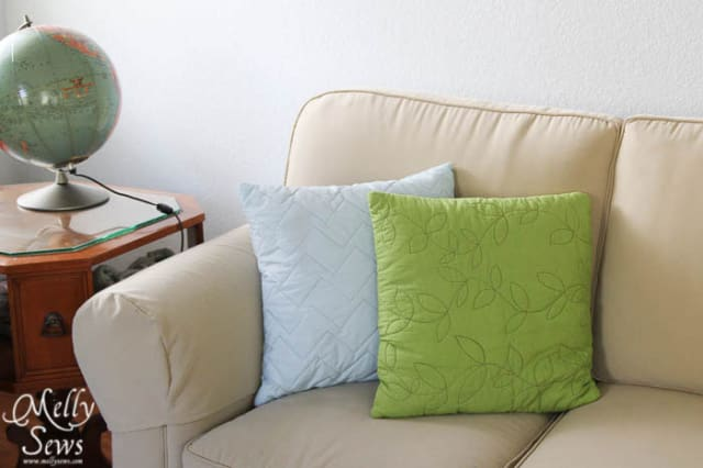 Easy Quilted Pillow Tutorial / Melissa Mora