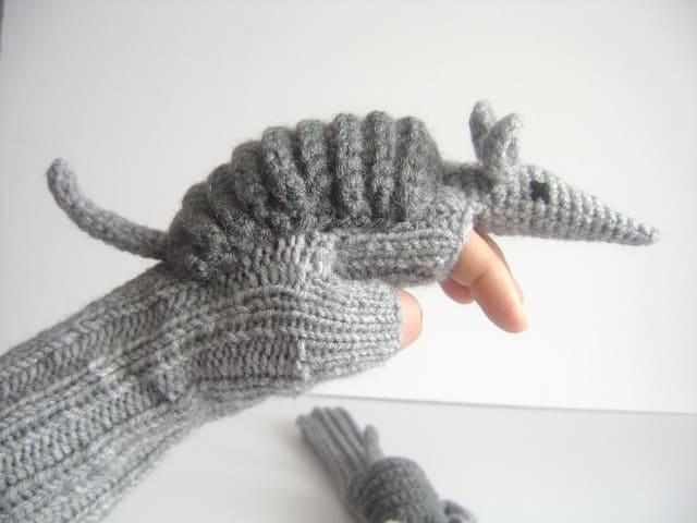 Armadillos gloves / muratyusuf