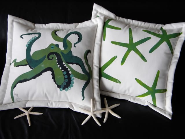 Giant Pacific Octopus Pillow / crabbychris