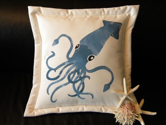 Colossal Squid Pillow / crabbychris