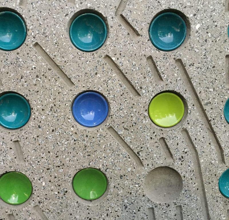 Light Strip + Balls / Red Wolf
