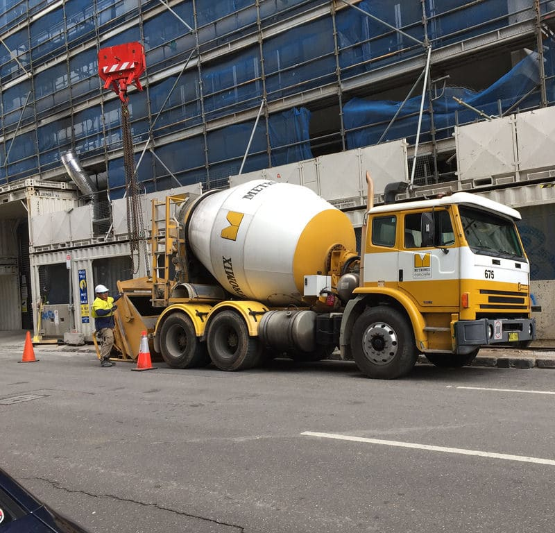 Concrete Mixer / Red Wolf