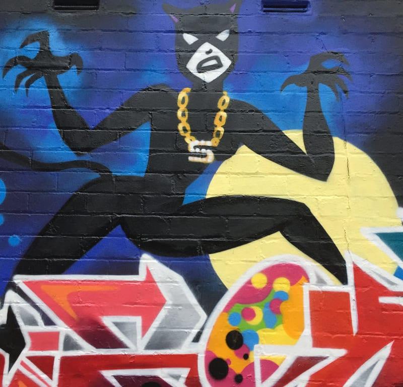 Crazee Cats Graffiti / Red Wolf