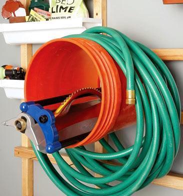 Garden Hose Holders and Hose Reels / Five Gallon Ideas