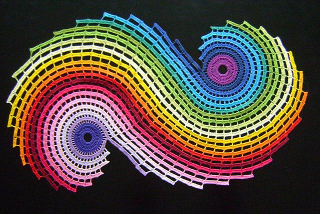 Crocheted Rainbow Fractal / ColoridoEclectico