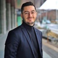 Claudio M. Camacho ✨