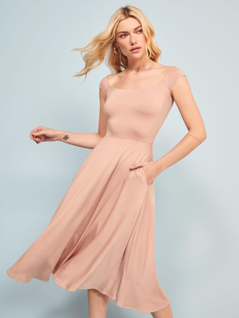 76248ca86381 Shop Reformation - Dresses - Shop Reformation Dresses - Reformation