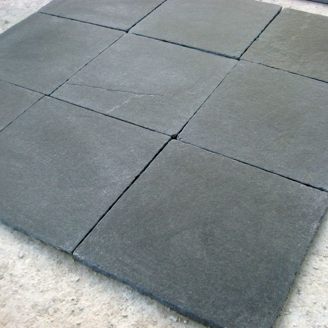 lime black tiles
