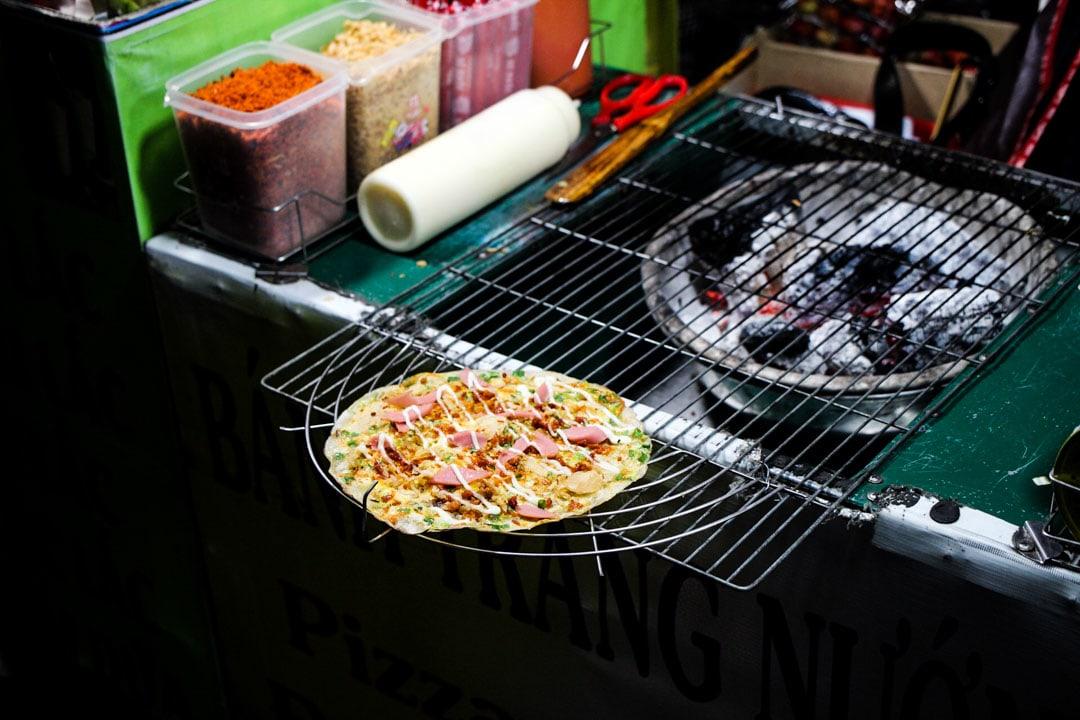 Vietnamese popular pizza