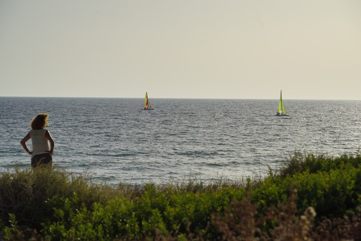 Hobie Cats and \x22Funboats\x22  are available for rent and you can take lessons