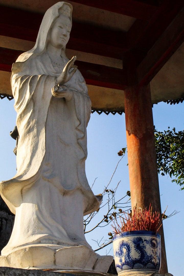 Avalokitesvara statue