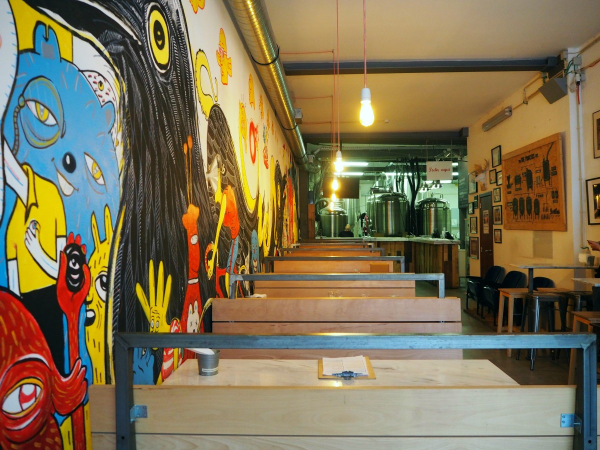 Tap Room of Dois Corvos, in Lisbon.