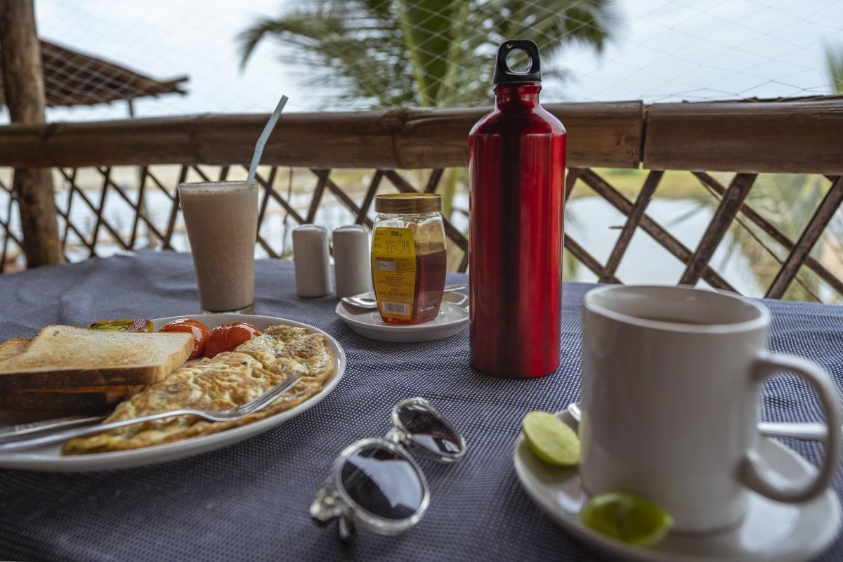 Breakfast at Mandream beach cafe