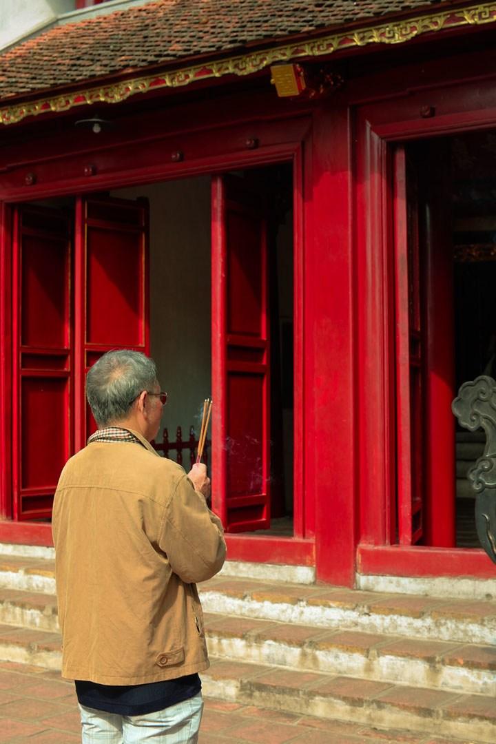 Temple scenes