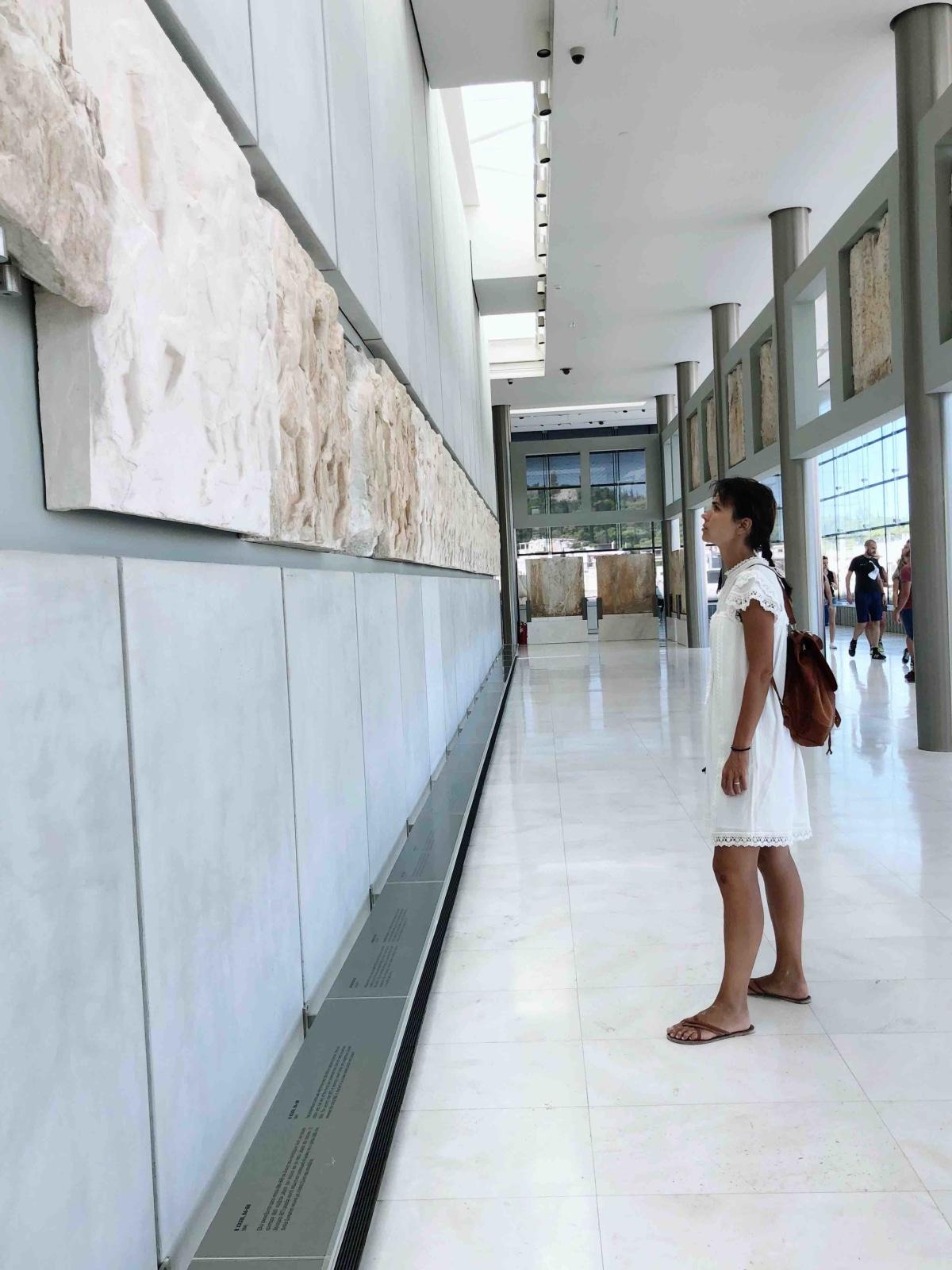 the gorgeous acropolis-museum