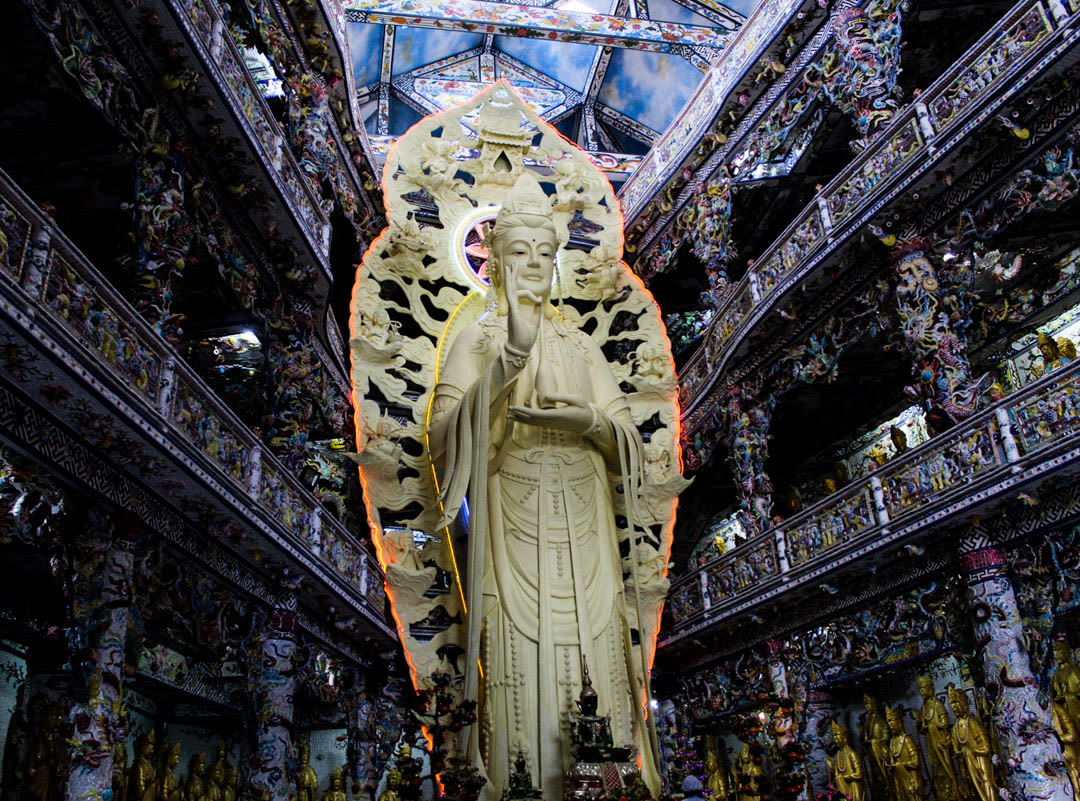 Majestic Bodhisattva statue