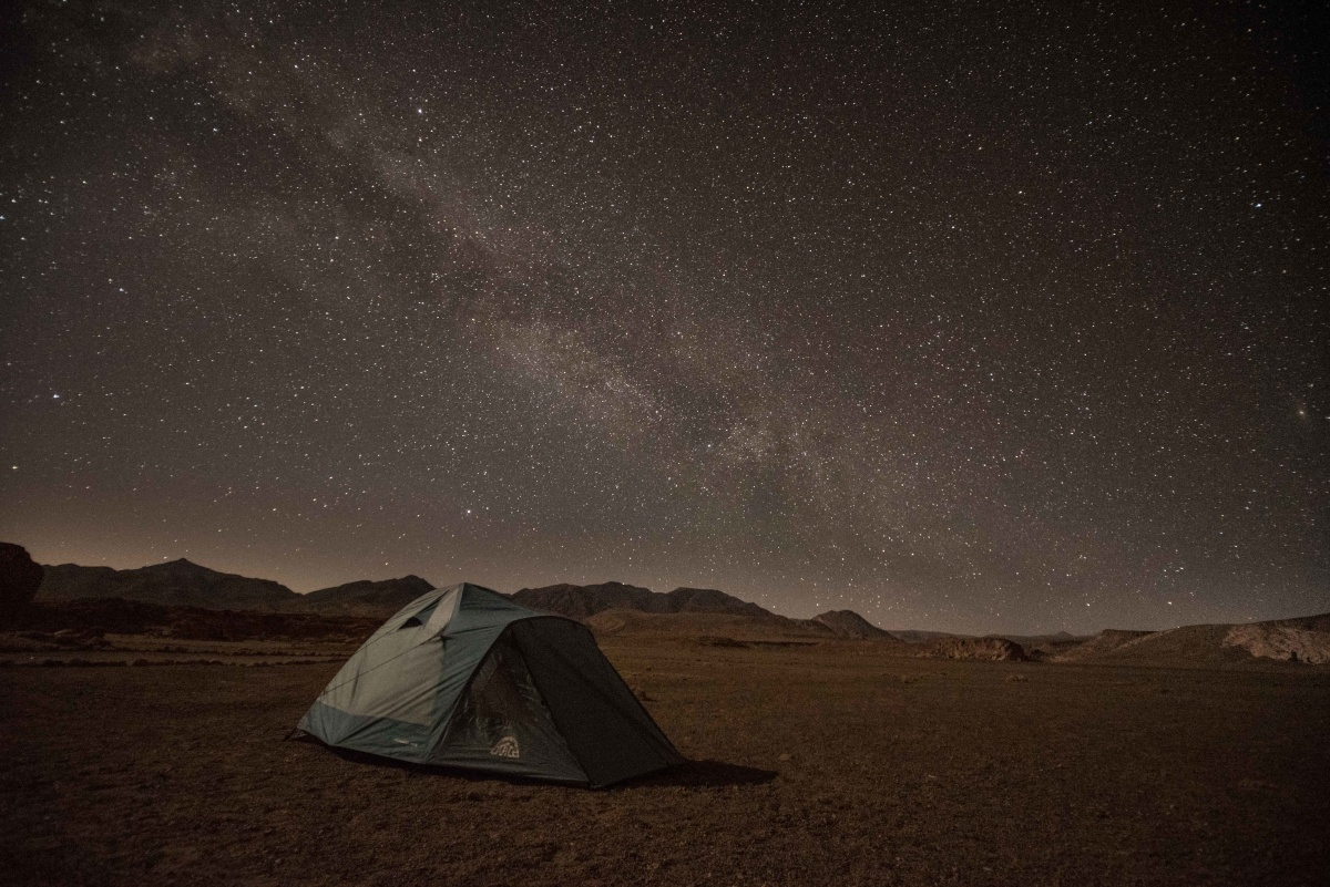 It is worth spending a night in the desert to observe the Milky Way