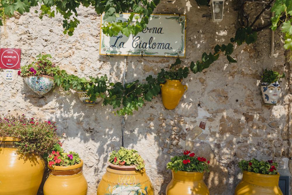 Seafront restaurant La Cialoma