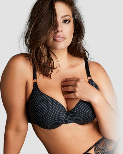 Ashley Graham t-shirt bras