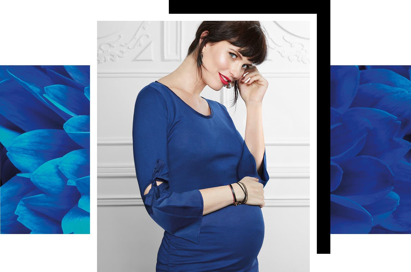 woman wearing a blue t-shirt
