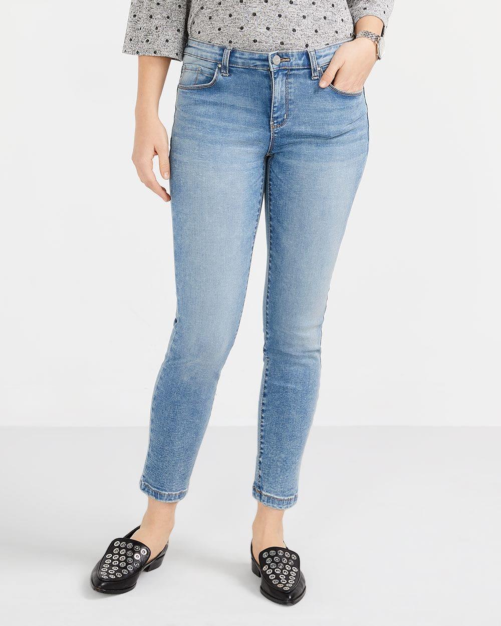 Le Jeans Sculptant pâle skinny à la cheville