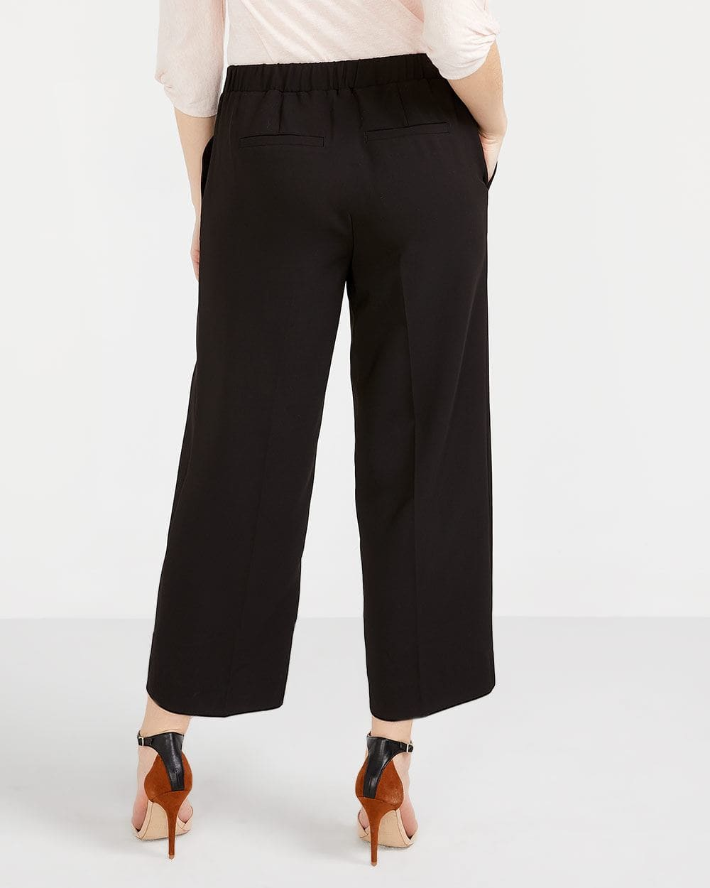 Cropped Pants with Sash