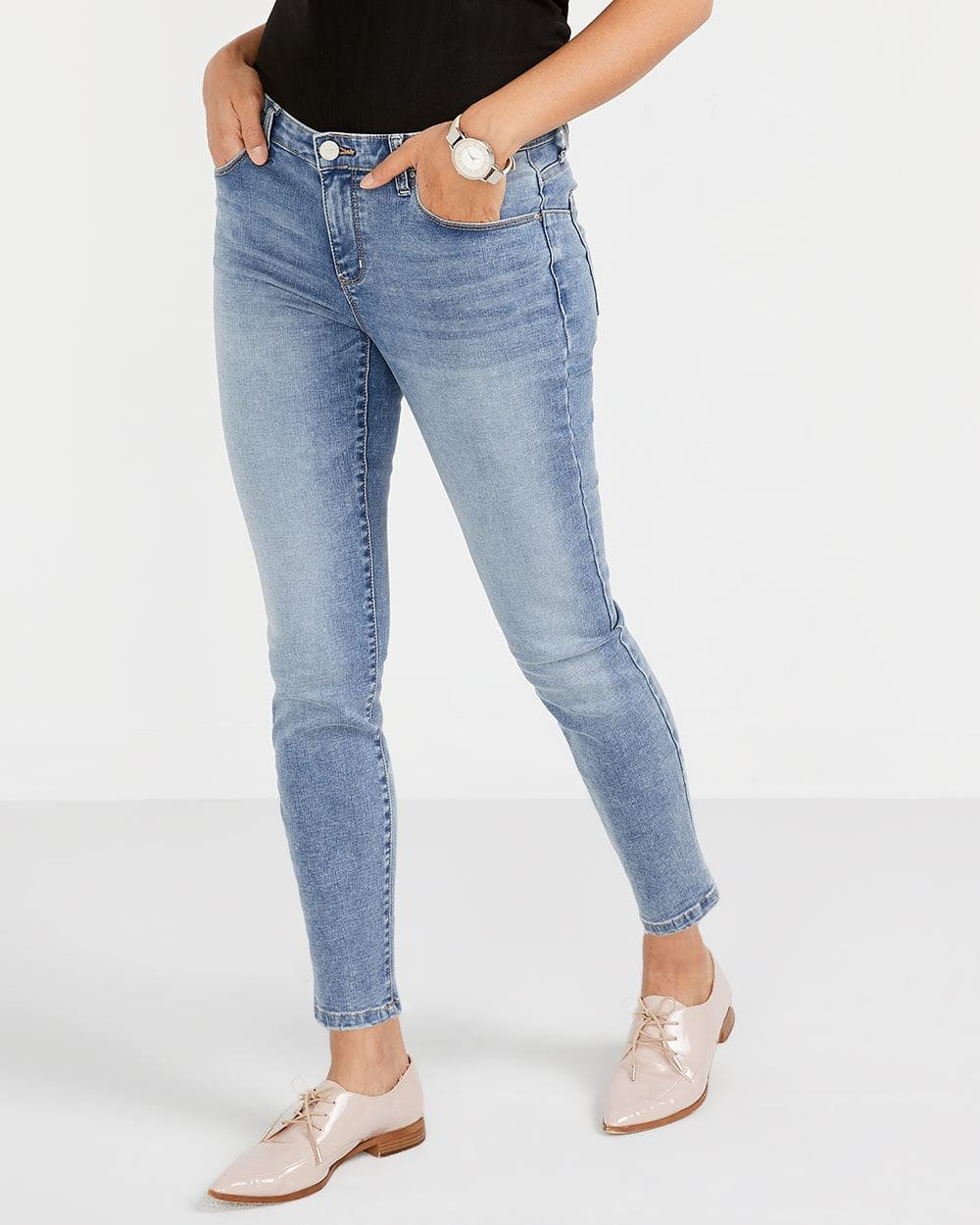 The Tall Skinny Light Wash Sculpting Ankle Jeans