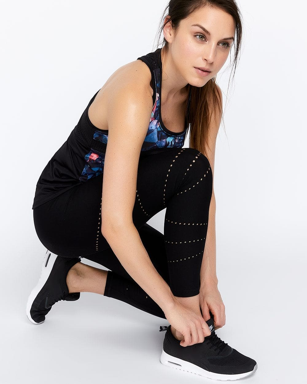 Hyba Airtech Perforated Pattern Cropped Legging