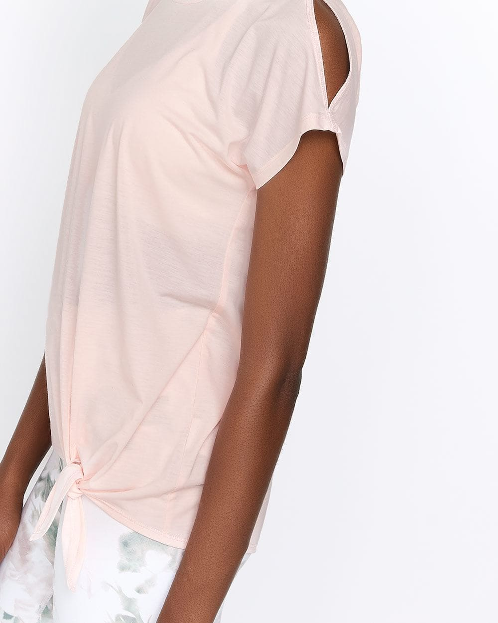 Hyba T-shirt with Cold-Shoulders