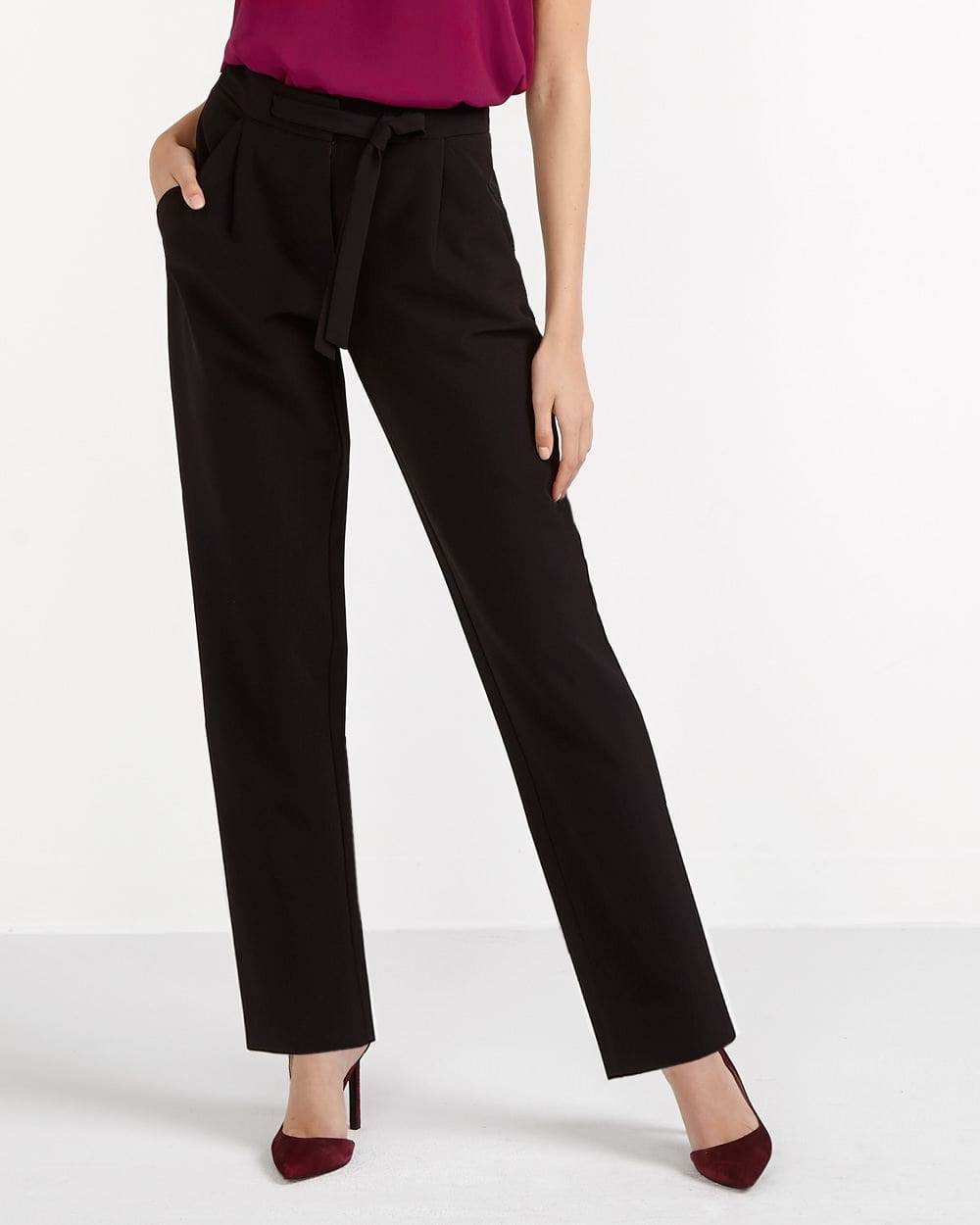 Willow & Thread Solid Tapered Pants