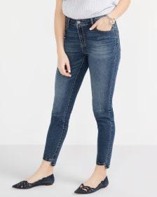 Jeans skinny à la cheville et à ourlet étagé Long