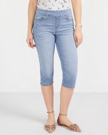 Petite Light Wash Capri Jeans