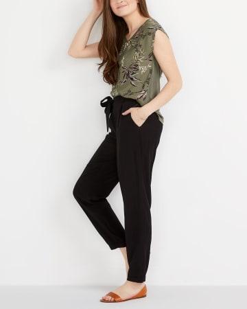 Peg Leg Pants with Sash Belt
