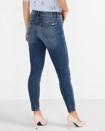 Jeans skinny à la cheville et à ourlet étagé Petite